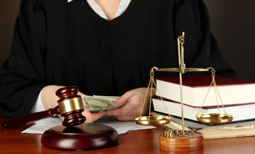 corporate lawyer Gold Coast
